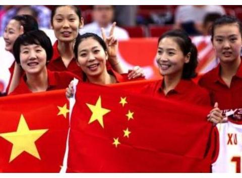 中国女排打破一项记录!张常宁李盈莹赛场表现不佳,朱婷拼尽全力