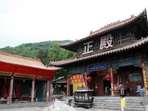 """河北""""最不正经""""寺庙,支持游客""""私人订制""""?距北京2小时车程"""