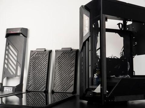 """另类的ITX机箱,以""""战""""为名的华硕ROG Z11"""
