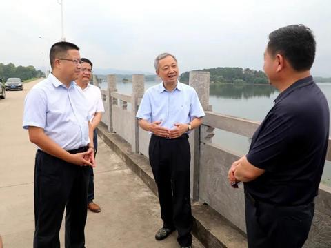 信阳市长尚朝阳到罗山县光山县检查防汛和项目建设时要求