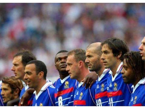 """他是法国队无可争议的绝对核心,差一点成为第三代""""球王"""""""