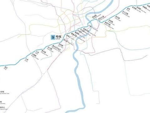 火车牵引上海轨道交通9号线新的104、105号列车,从长春运往上海