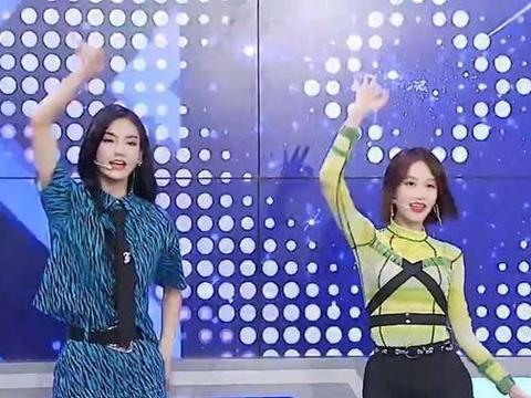 QQ名人赛:姐妹花蓝盈莹、曾可妮的电竞首秀来了,场面过于欢乐