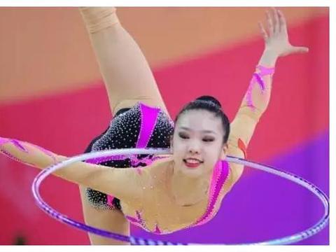昔日中国体操第一美女,身材颜值不输名模,和1米58老公生活幸福