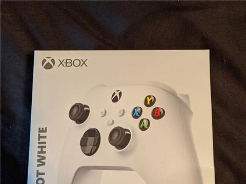 微软新次世代手柄包装泄露新型号Xbox Series S主机