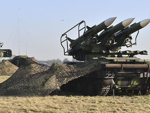 居然把俄罗斯S-400击败了!贷款卖给塞尔维亚,中国导弹再下一城
