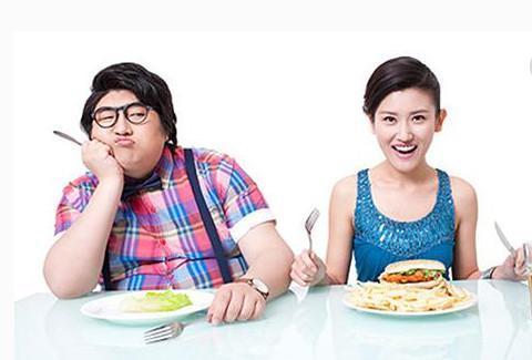 晚餐决定着体重与健康,不吃晚餐不一定会瘦,但一定会影响健康