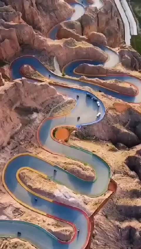 看的是刺激,走起来是心跳! 甘肃景泰黄河石林二十二道弯