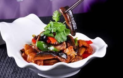 美食精选:红烧鳝鱼,豆豉炒油条,酸汤肥牛,香草鱼块的做法