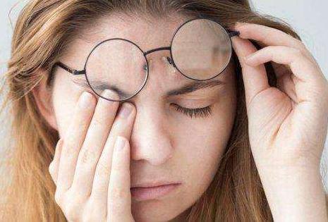 眼睛所需的营养素,刷屏不再眼干涩