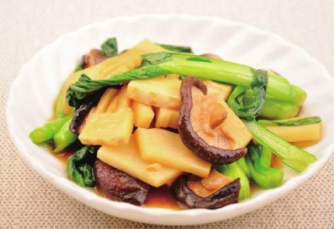 美食优选:徽味双冬,豆芽面筋泡,一碗香,菌菇炖鸡块的做法