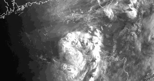警报!台风即将在福清至厦门一带登陆!狂风暴雨杀到