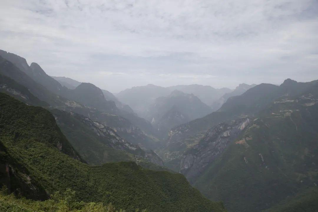 摩鑫官网开户重庆海拔最高峰上有摩鑫官网开户什么图片