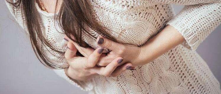 【当心】 23岁女孩乳房长出9个肿瘤!她这个坏习惯可能所有人都在做...