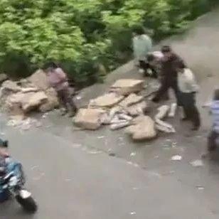 """""""事故后7吨猪肉遭哄抢""""?警方:严肃处理违法者!"""