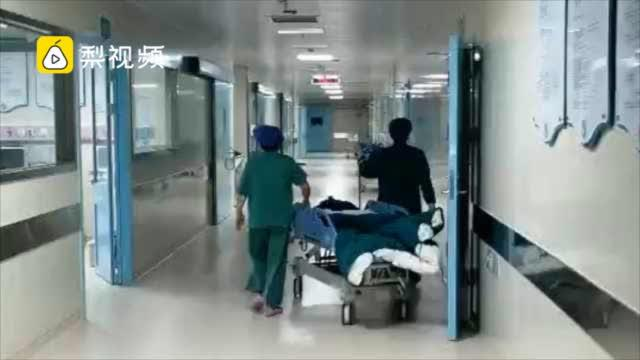 90后女子子宫取出71个肌瘤,医生:小心高激素化妆品