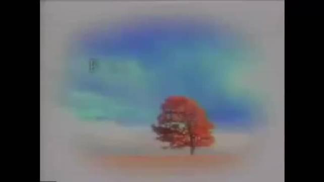 《蓝色生死恋》主题曲由郑日英演唱……