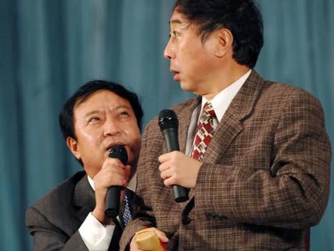他是知名相声演员不输冯巩,却不顾阻拦下海经商,今妻离子散!