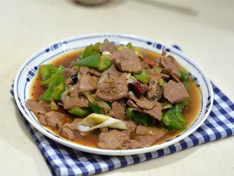 辣椒炒猪肝更好吃,开胃解馋超下饭,不懂的真是可惜