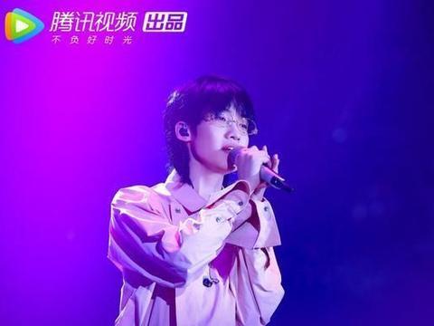 《中国有嘻哈》官宣,吴亦凡潘玮柏回归,得知另两人网友不淡定了