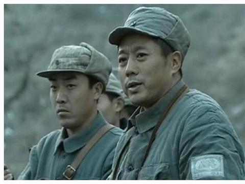 同样是被撤职,士兵对李云龙和孔捷态度截然不同,到底为何?
