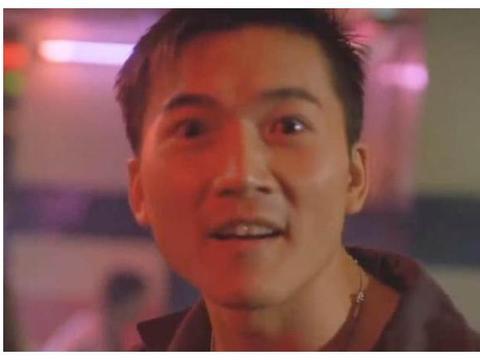 他是洪金宝徒弟,李连杰的死对头,打败甄子丹却一生不温不火