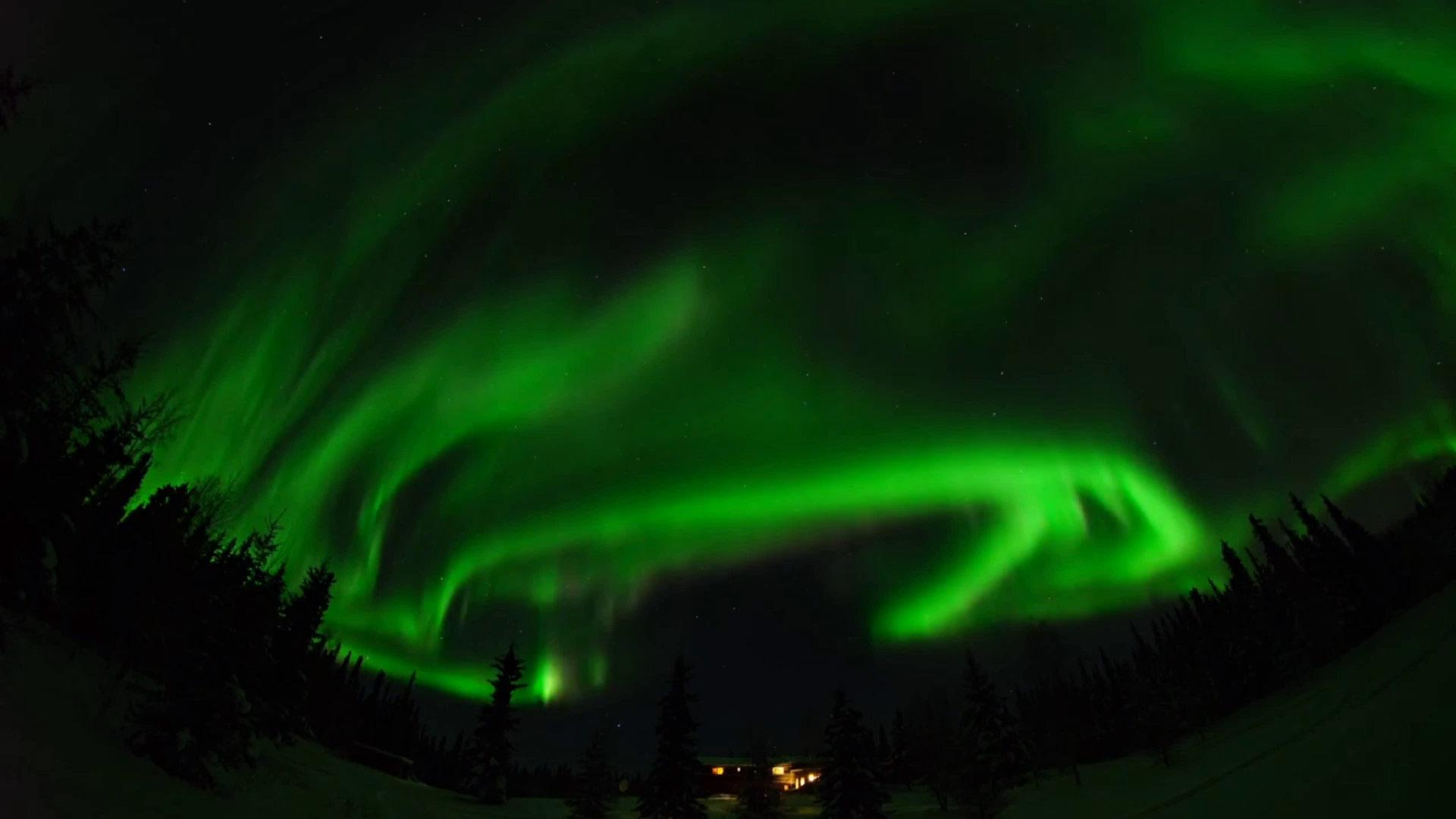 美国阿拉斯加的费尔班克斯是北极光最盛行的地区……