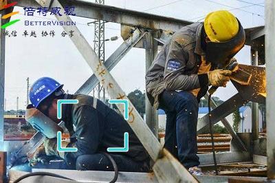 安全生产下的工作服穿戴检测系统