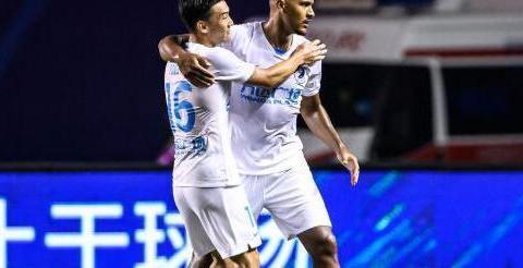 """张琳芃国足接班人是他?23岁""""中超菜鸟""""4场造3球,力压奥斯卡"""