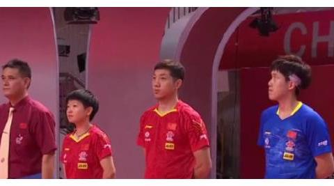 金牌之战!许昕打脸世界冠军,王曼昱错失大机会球是仰天长叹