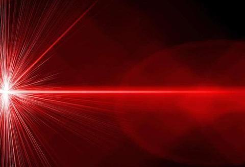 「电」的速度和光速相比哪个更快·电驱汽车究竟有什么优势