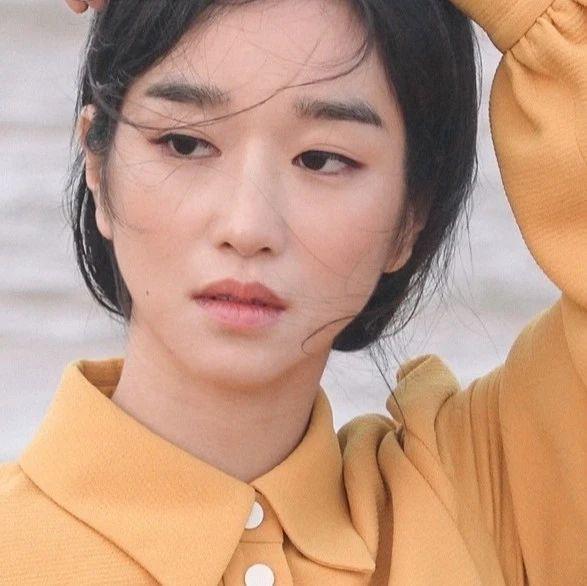 """撞脸刘亦菲、巩俐,这个韩版天仙的""""空气脸""""也太太太高级了!"""