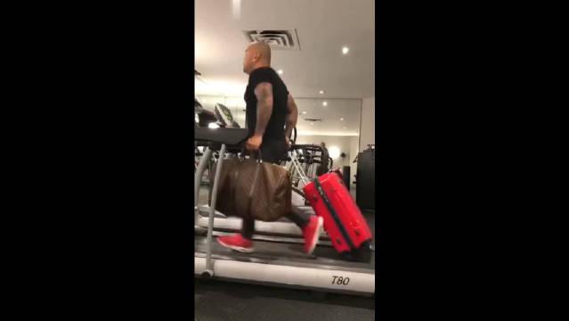 即使在健身房拖着行李箱,也不会帮你改善,误机的问题!