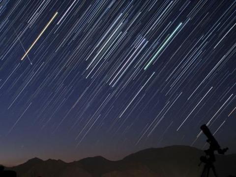 一起来看英仙座流星雨!八月绝美天象,与你、与我,还有亲爱的人