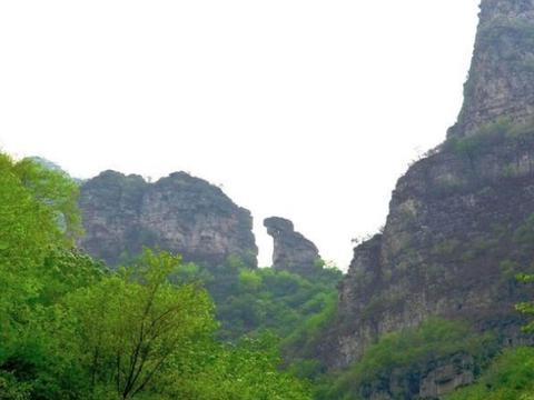 """北京城又有一景点走红,有京西""""大峡谷""""之称,又以""""五绝""""出名"""