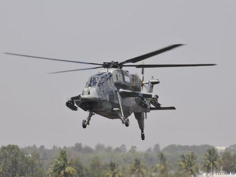 空军副司令驾驶,印度国产武装直升机上高原,机动性比武直10还强