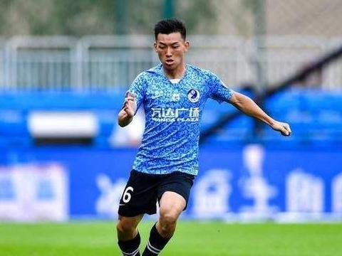 大连人2-2申花,U23球员童磊再送助攻 4轮3助排第一