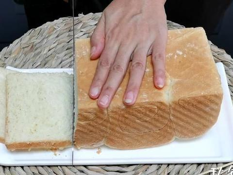 """教你1个""""筷子一搅""""就能做面包的好办法,不用手揉,不用面包机"""