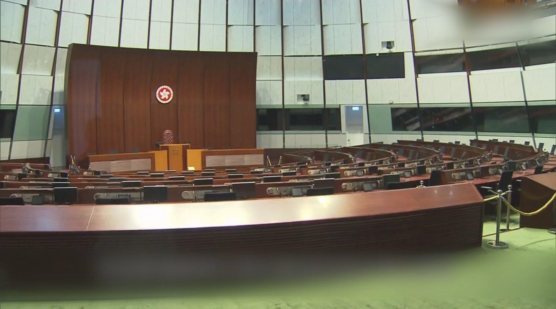 香港立法会主席:决定没有牵涉政治考量