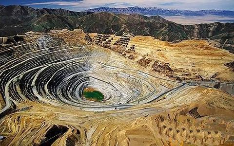 上海华通铂银:新冠疫情导致秘鲁上半年矿业投资同比减少25%
