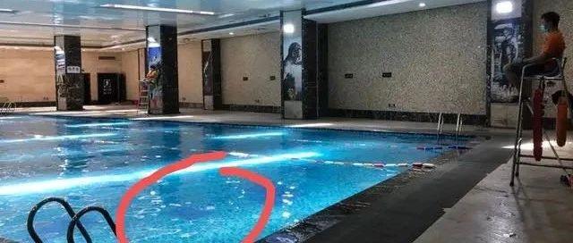 杭州6岁溺水男孩仍在ICU,妈妈痛心:我买的是一对一游泳课,为啥这么多人都没发现?