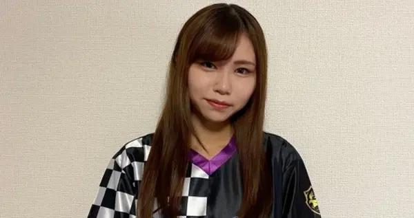 GALLERIASQUAD英雄联盟俱乐部签入17岁女高中生