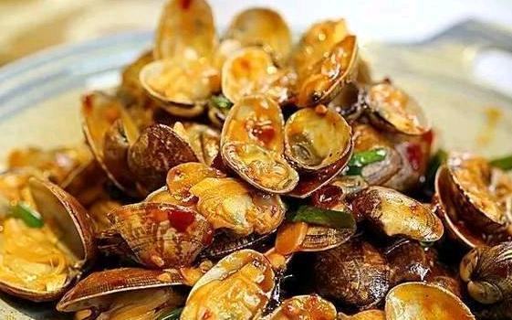 美食推荐:肉末西兰花,酱香花蛤,蚝干炖丝瓜,冬笋榄菜焖籽乌