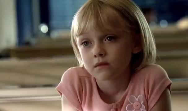 电影《我是山姆》感人片段——我不是个完美的父亲,但我会尽我所能!