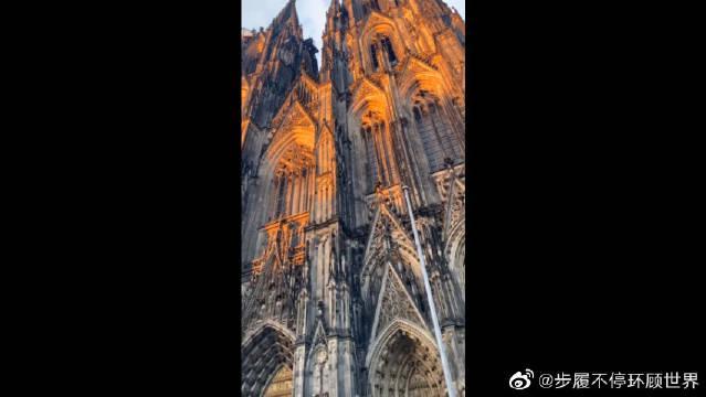 德国的科隆大教堂:耗时超过600年……