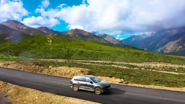 四川甘孜藏族自治州,遇见彩虹桥🌈