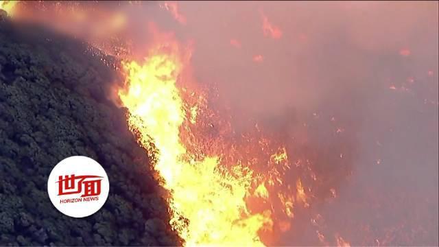 美国加州又起山火 火势凶猛包围居民撤离路