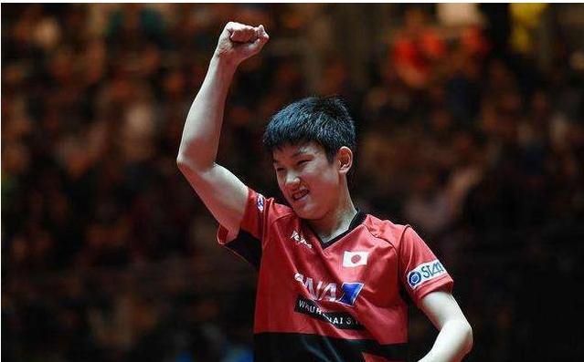 首位国乒奥运冠军入籍日本,培养日本弟子战胜中国,现今回国捞金