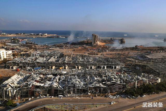 黎巴嫩总统不排除外部干预导致爆炸 民众求法国托管
