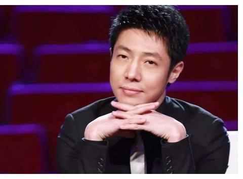 央视主持人王雪纯近照曝光,面容沧桑老态明显,回忆主持正大综艺
